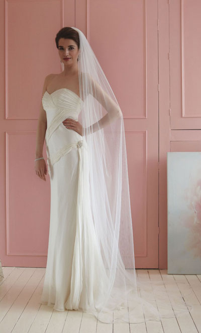 Rainbow Club Flame Ivory Tulle Bridal Veil