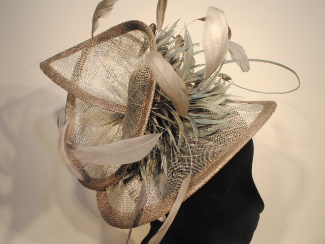 CP84 - Grey Sinamay - Fascinator