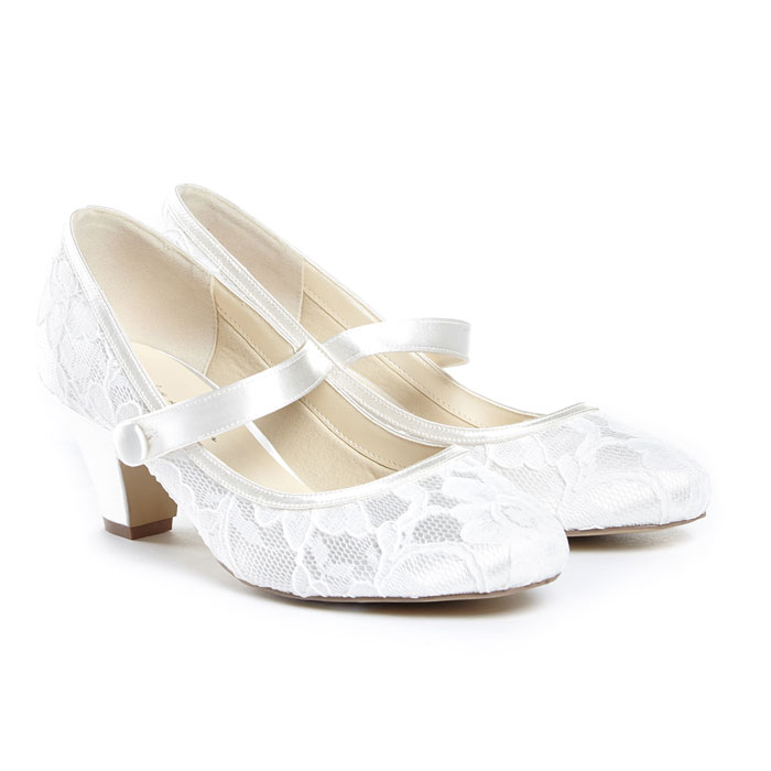 39779c56455 Dyeable wedding shoes and wedding accesssories
