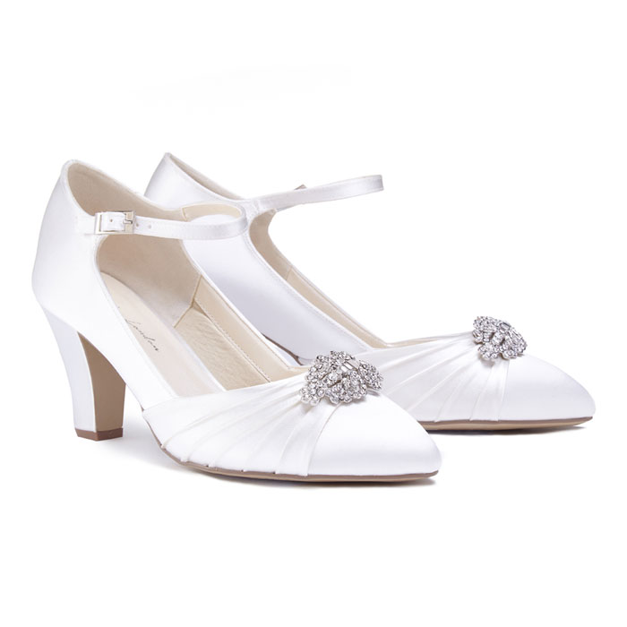 Dyeable Wedding Shoes And Accesssories