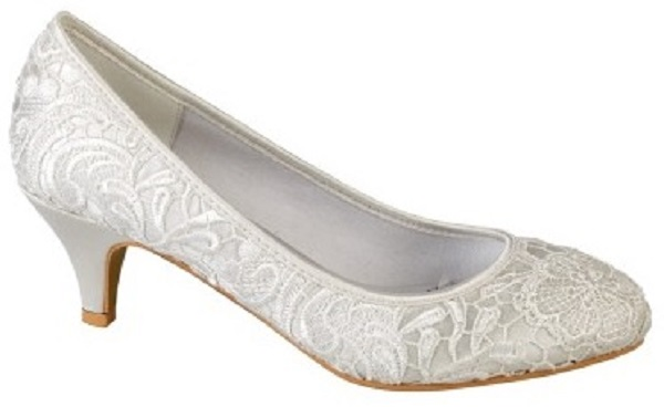 Ivory Lace Shoes with Lower Comfortable Heels SIZE 3