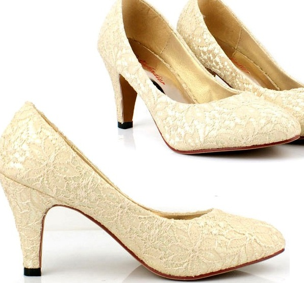 Beautiful Vintage Champagne Lace Wedding Shoes